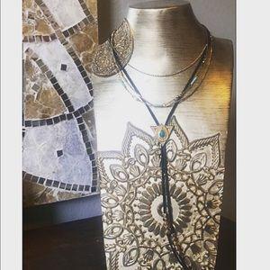 MOVING SALE🎉 Boho statement necklace